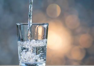 Different easy ways to produce alkaline water from your home